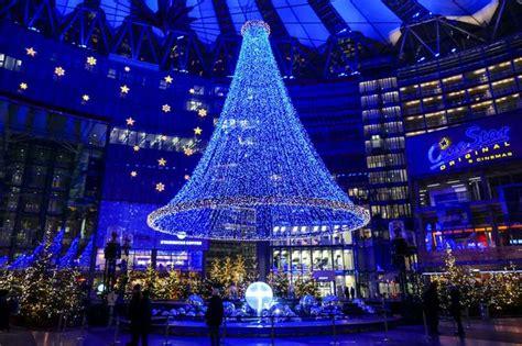 mediapool berlin fabelhafte weihnachten im sonycenter 2014 innenfassade des