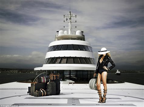 wanna go for a boat ride i wanna go for a ride in her big boat