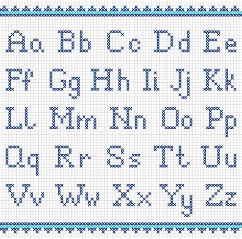 punto a croce lettere schemi punto croce per personalizzare grembiulini asilo