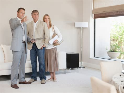 dressing for open house success style tips for real
