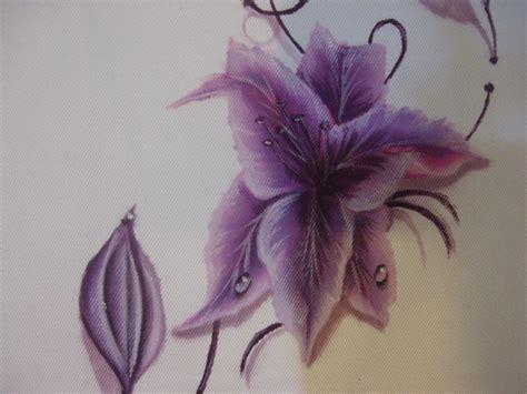 fiori da dipingere su stoffa dipingere sulla stoffa con colori acrilici