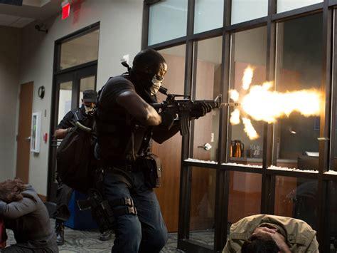 american heist actors cinemaonline sg action packed stills from quot american heist quot
