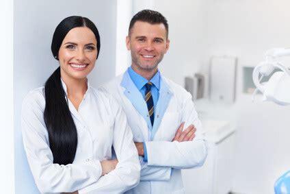 assistente di poltrona dentista corso assistente alla poltrona certificato