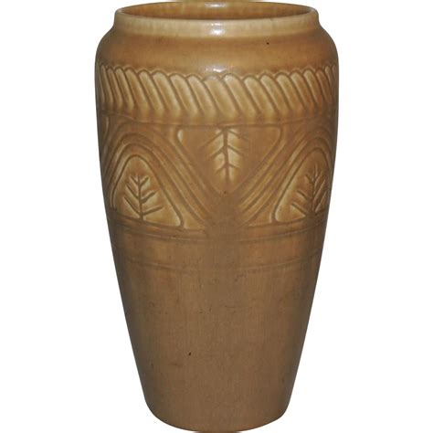 1925 rookwood pottery vase from