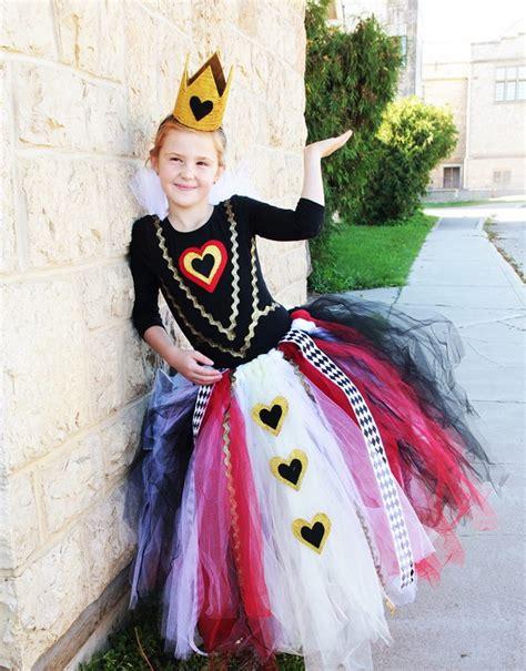 queen  hearts costume ideas  diy tutorials hative