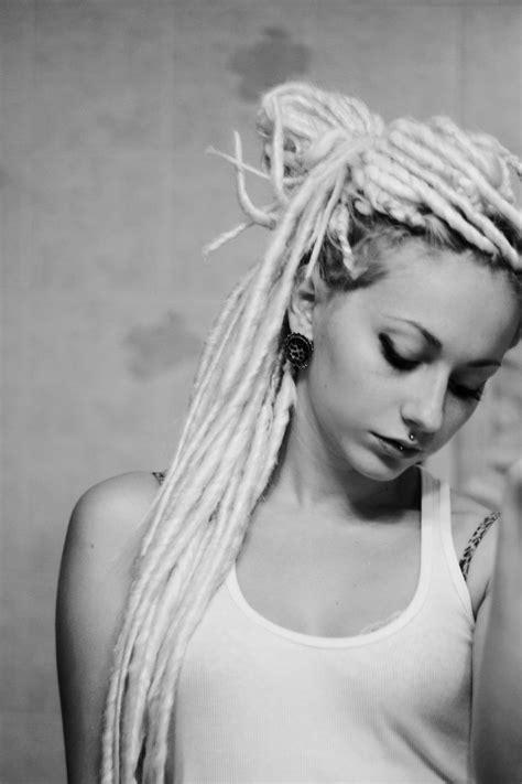 womens fake dreadlocks dreadlock hairstyles for white women trendy hairstyles