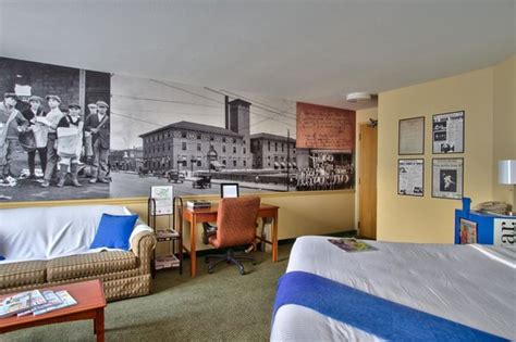 theme hotel kansas city kc star themed room picture of 816 hotel kansas city