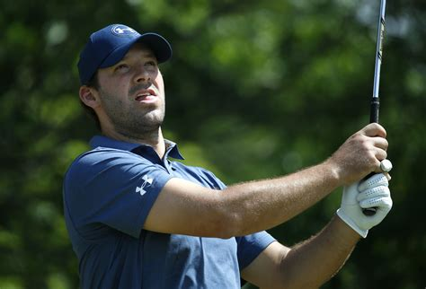 tony romo tony romo fumbles in attempt to qualify for the u s open sun sentinel