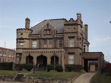 castle bed and breakfast 301 moved permanently