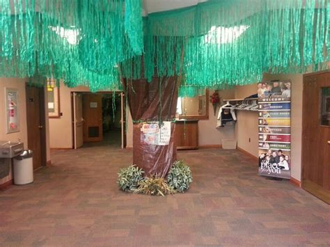 Decorating Ideas For Journey The Map Vbs 1000 Images About Vbs Decor Ideas On Palm