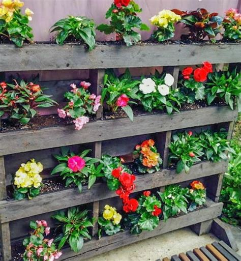 Vertical Garden Made From Pallets Vertical Pallet Garden Diyideacenter