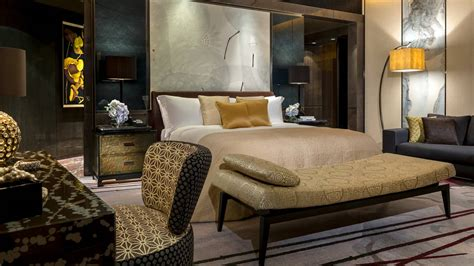 luxury hotel royal suite  city view  seasons