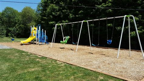 swing ground accessible playground at murphys point parks
