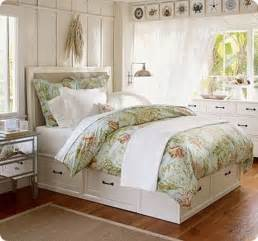white storage bed with drawers