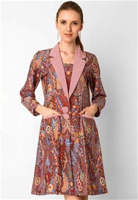 Baju Kebaya Batik Modern Khas Pekalongan 2 15 model baju kebaya batik modern terbaru 2017 update
