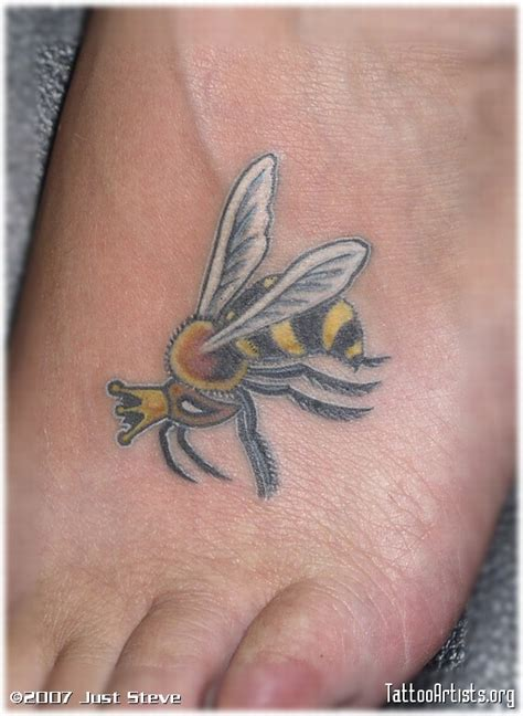 queen bee tattoo bee tattoos page 6