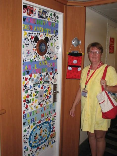 cabin door decorations disney cruise disney messages and doors