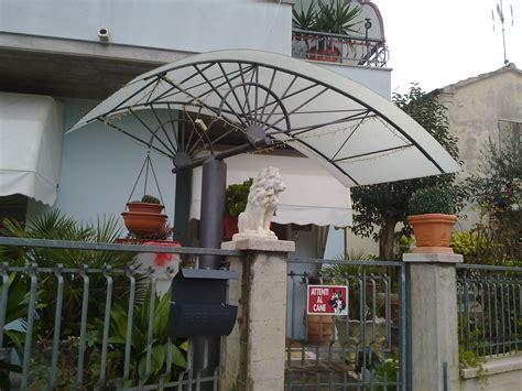 pensiline e tettoie in policarbonato tettoie e pensiline
