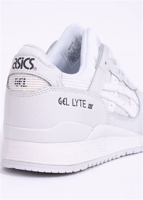 Asics Reighning Gell 111 asics gel lyte iii leather trainers white