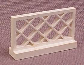 Lego Parts 3185 Fence 1x4x2 Part White 1 X 4 X 2 lego 3185 white 1x4x2 fence with lattice rons rescued