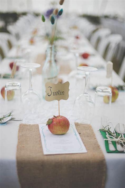 Wedding Card New Zealand by Diy Country Wedding In New Zealand Junebug Weddings