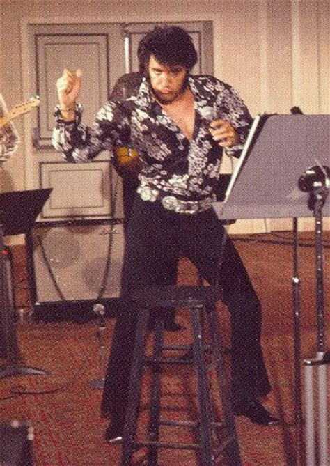 swing those hips swing those hips elvis he certainly knew how to move