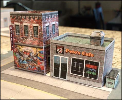 Diorama Papercraft Skala 1 64 Alfamart buildings
