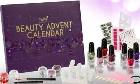 Calendrier De L Avent Maquillage Auchan Moins De 35 Euros Le Calendrier De L Avent Beaut 233 Avec
