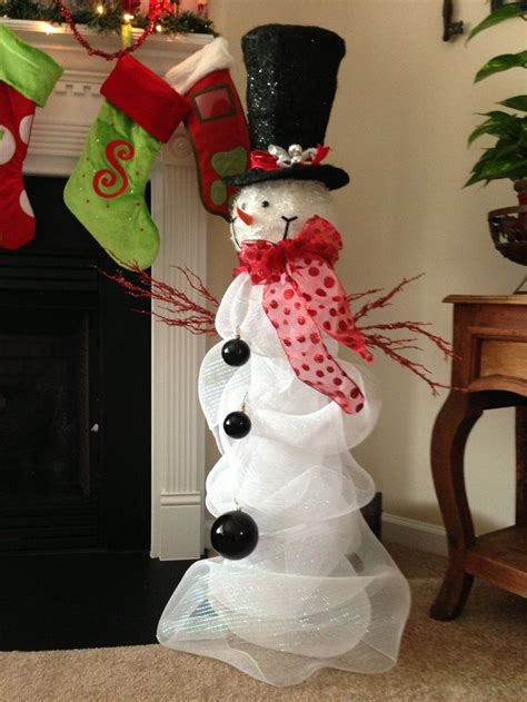 cracker barrel snowman tree topper cracker barrel snowman tree topper cracker barrel snowman with deco mesh wrapped around