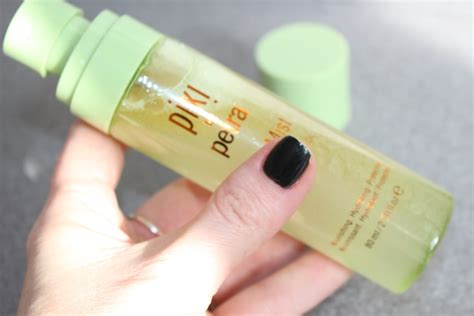 Pixi Glow Mist pixi glow mist review dewy skin in a bottle really ree