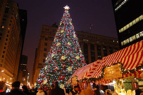 what to do in chicago chicago christmas events and