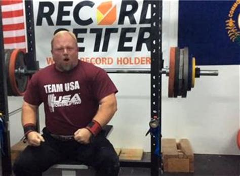 heaviest raw bench press heaviest raw bench press athlete over 40 years old
