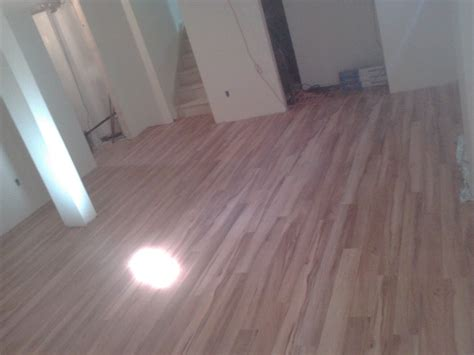 How To Run Laminate Flooring by What Direction To Lay Laminate Flooring Images Installing
