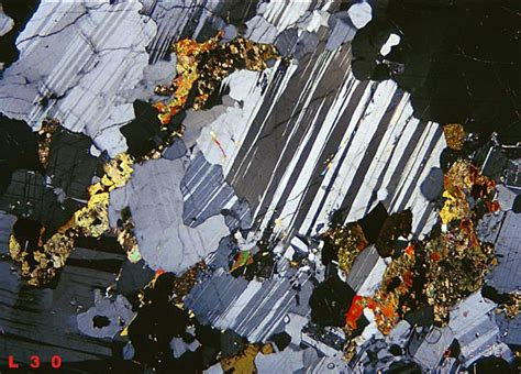 plagioclase in thin section labradorite thin section