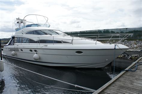 fairline squadron  power boat  sale wwwyachtworldcom