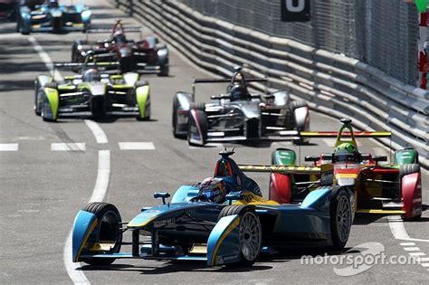 Formula E Calendrier La Formule E Confirme Un Calendrier De 14 Courses Pour La