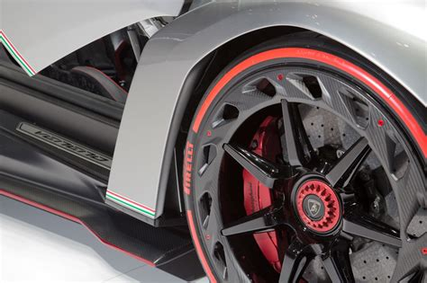 Lamborghini Veneno Wheels Article Kingdom 2013 Lamborghini Veneno
