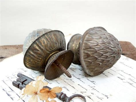 Knobs For Bed Posts by 32 Best Images About Curtain Pull Back S On