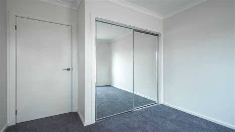 Sliding Mirror Wardrobe Doors by Wardrobe Sliding Mirror Door Geelong Splashbacks Motionglo