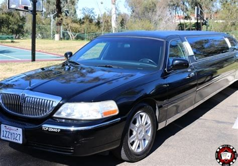 Book A Limousine by Book A Lincoln Stretch Limousine For Your Special Event