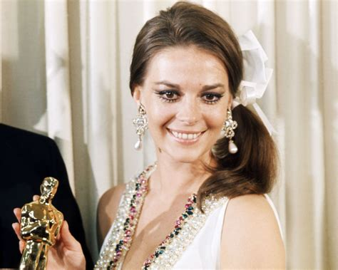 Dress Wst 9928 the 53 most iconic oscar dresses of all time natalie
