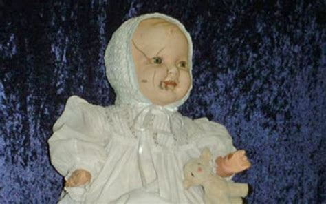 3 most haunted dolls 10 infamously haunted dolls that will murder you