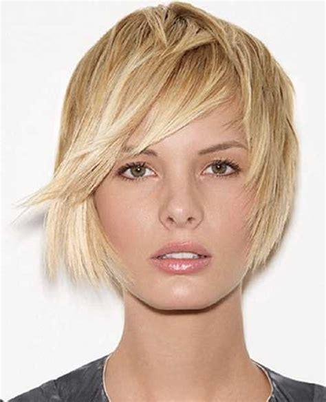 short hairstyles frame face bob con ciuffo laterale un jolly per stile ed eleganza