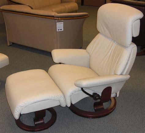 stressless dream recliner stressless dream medium recliner chair ergonomic lounger