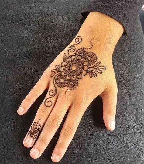 henna tattoos apexwallpapers com mehendi design left hand makedes com