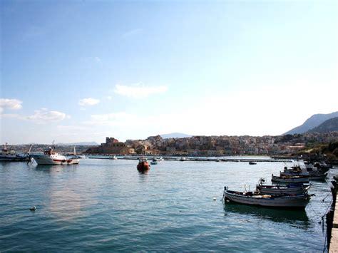 porto di castellammare castellammare golfo