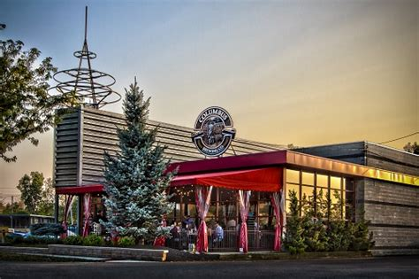 Top Bars In Columbus Ohio by The Top 10 Restaurants In Columbus Brewery District Ohio