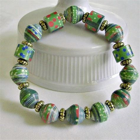 Make Paper Jewelry - 25 best ideas about paper bead jewelry on