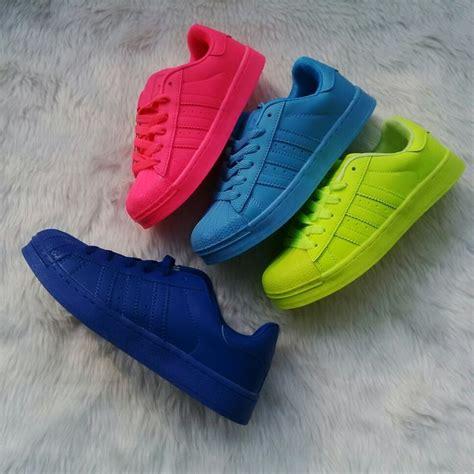 Sepatu Wedges Kelinci Zr016 Putih 48 23 best shoes march 17 images on march mars and footwear
