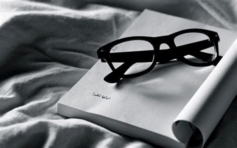 black and white book wallpaper black white wallpaper and background 1728x1080 id 268309